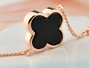 Cateline Rose Gold Four Leaf Clover Bracelet - Pearl + Creek