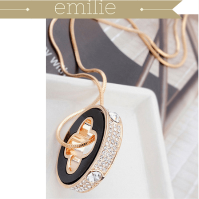 Emilie Four Leaf Charm + Long Snake Design Chain - Pearl + Creek