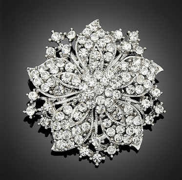Fleurette Diamond Flower Brooch - Pearl + Creek