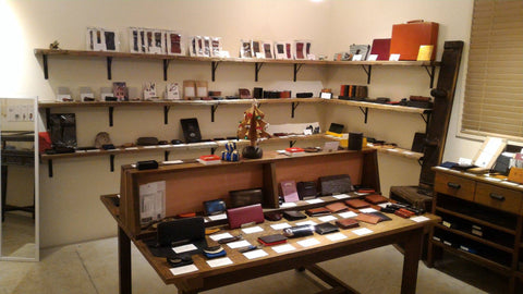Free Spirits Men's leather goods shop in Kobe