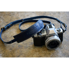 Load image into Gallery viewer, [ROBERU] <br> Leather Strap <br>For Single-lens reflex