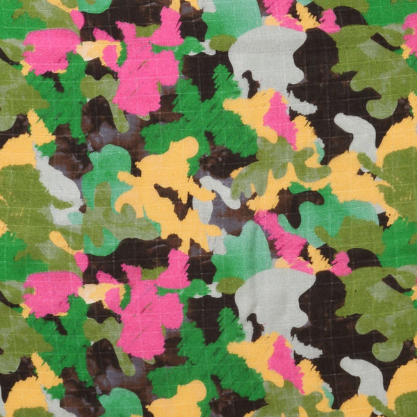 Kip & Co Baby Swaddle CAMO PINK