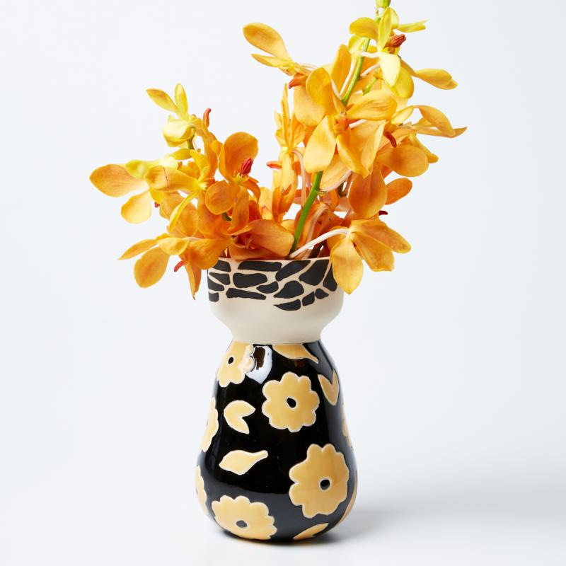 Jones & Co Frida Oro Vase