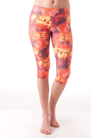 Fallen Feathers Capri Leggings