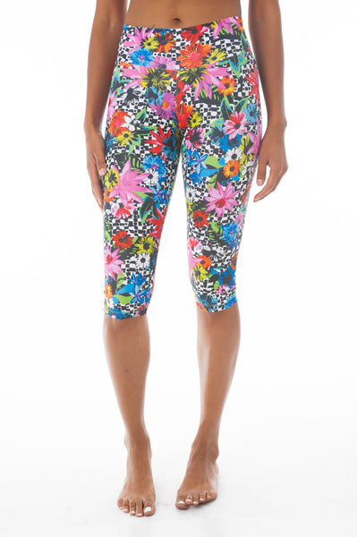 Flower Pop Capri Leggings - KDW Apparel