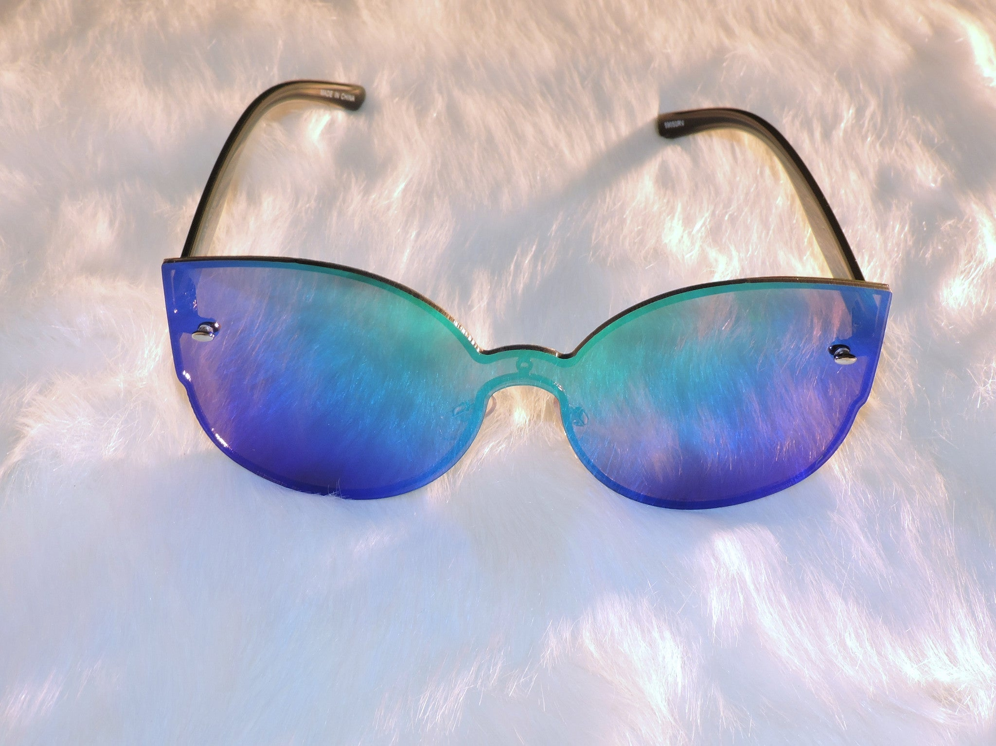 Iconic Mirrored Sunglasses