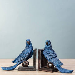 blue parrot bookend