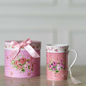 'Garland' Pink Ceramic Mug with Gift Pack