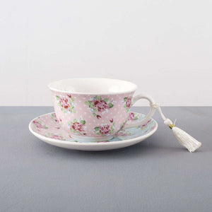 'Wreath' Teacup and Saucer