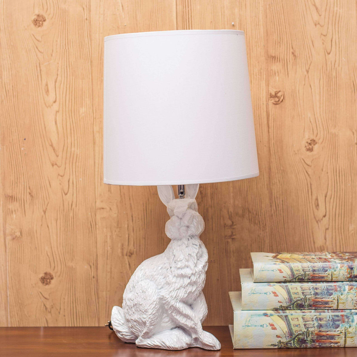 Adorable Hare Table Lamp