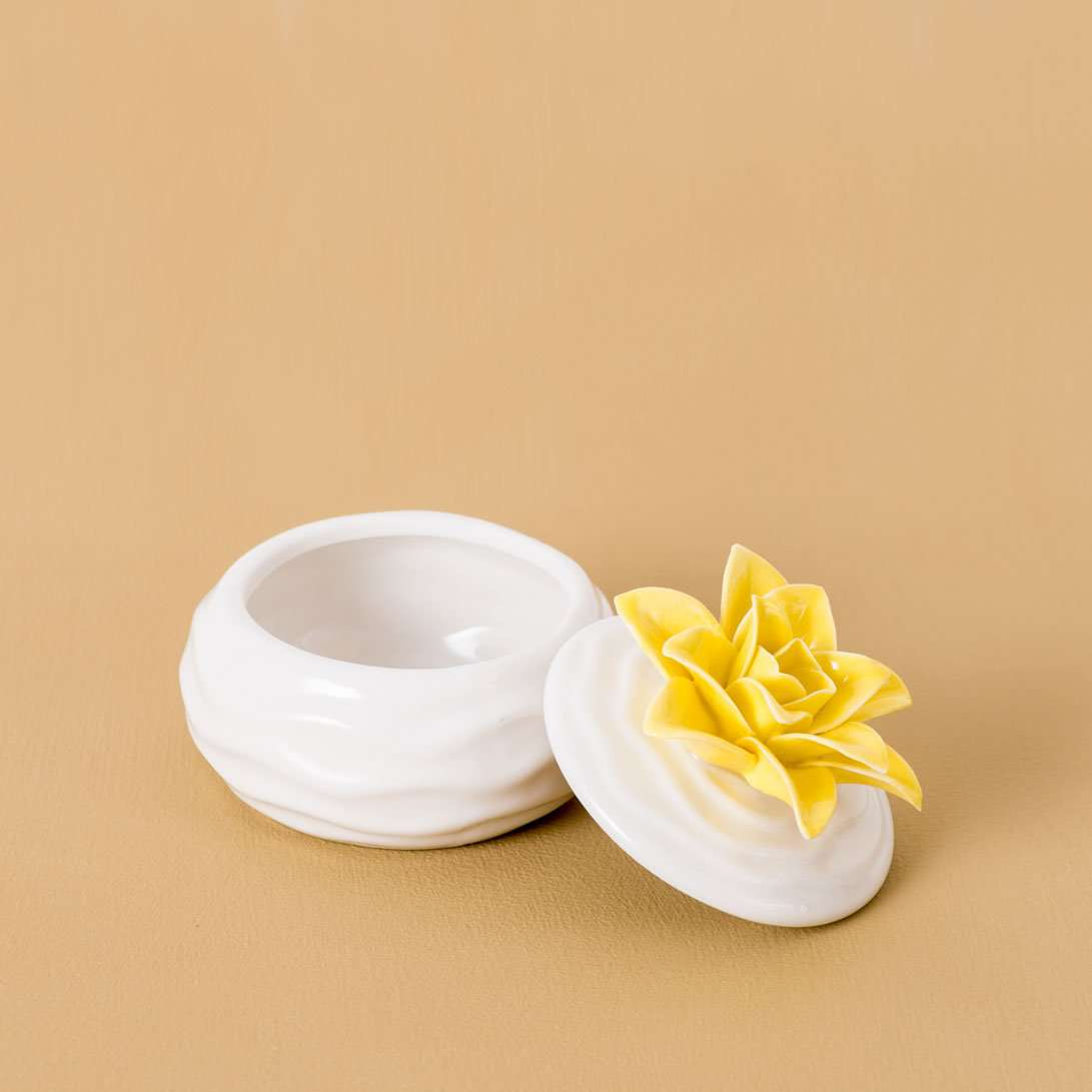 Dual Tone Floral Trinket Keeper - White & Yellow