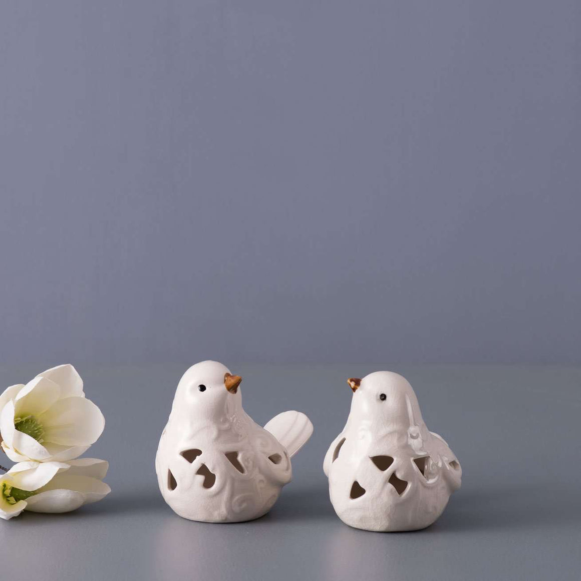 Set of 2 Cutout Bird Figurines - White
