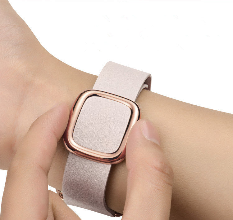 Apple Watch Modern Buckle Band