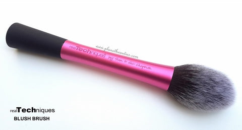 REAL TECHNIQUES  Blush Brush (finish)