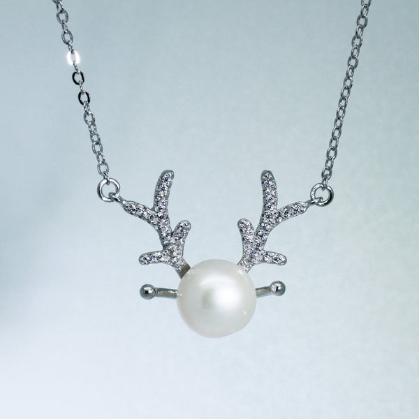 Christmas reindeer pearl necklace silver