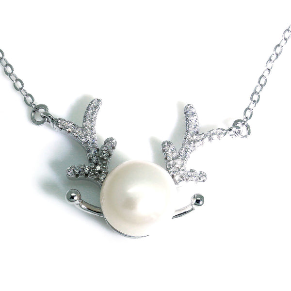 Christmas Reindeer Pearl Necklace in Silver