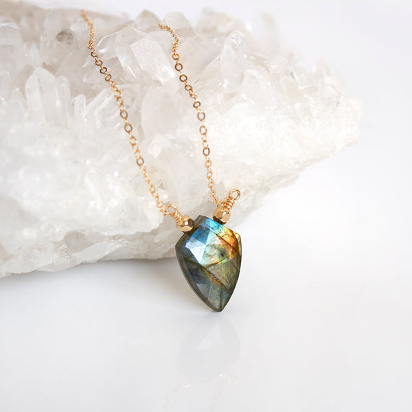 natural labradorite necklace pearlberry