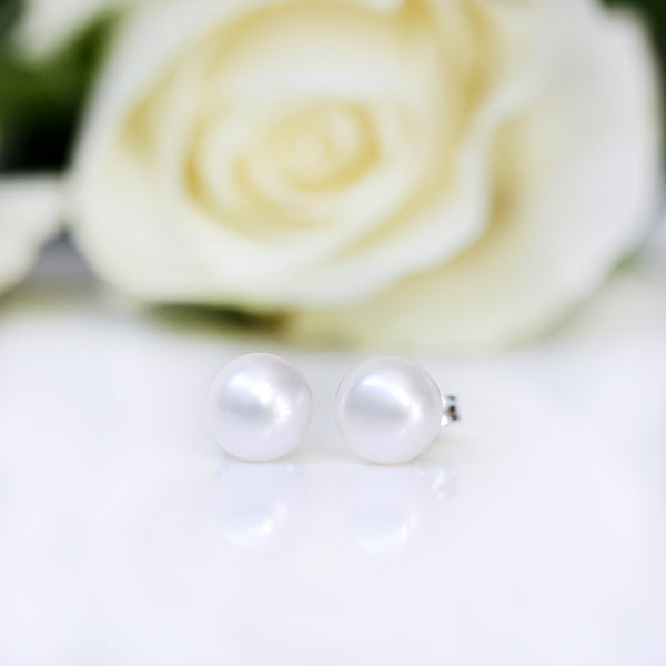 silver pearl studs