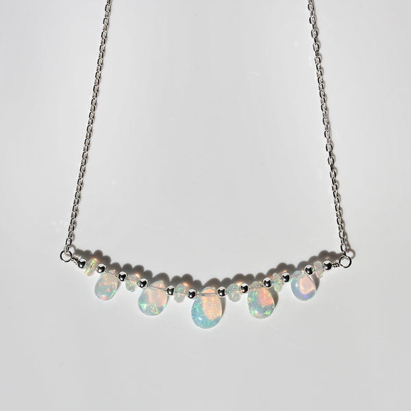 statement choker opal
