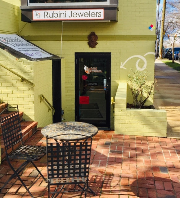 Street View of Rubini Jewelers- follow the spirals