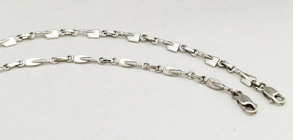 Petite Rowing Blades Linked Bracelet in Sterling Silver