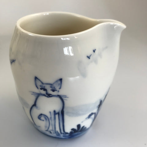Blue and White Pourer Cat