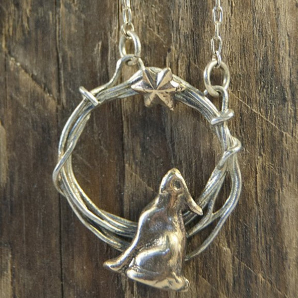 Woodland Silver Stargazer Hare in A Hoop