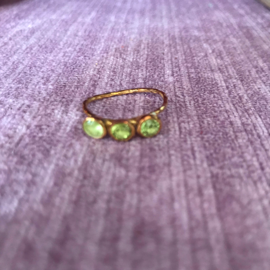 Trio green gem ring