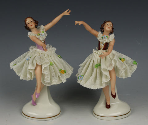 "Ackermann & Fritze Dresden lace 2 figurines ""Dancing Ladies"""