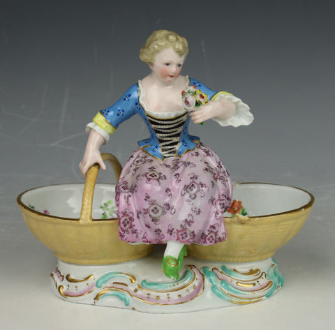"Meissen Kaendler figurine 3024 ""Girl with Baskets"""