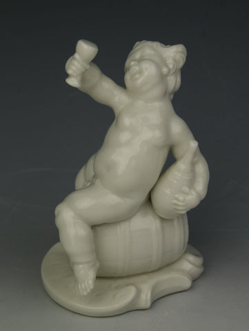 "Nymphenburg Bustelli figurine 241 ""Cherub as Autumn"""