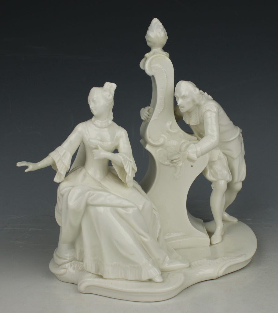 "Nymphenburg Bustelli figurine 70 ""Love Letter"""