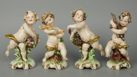"Capodimonte Giuseppe Cappe set of 4 figurines ""4 Seasons"""