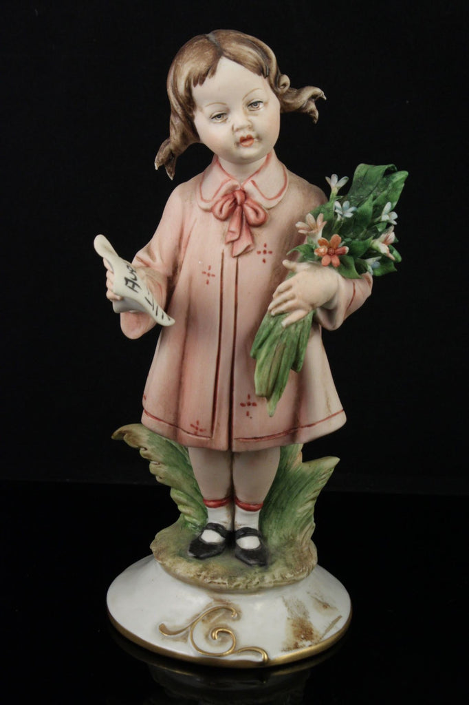 Capodimonte Tiche Galletti Figurine Girl with Flowers - LUX-FAIR.com - 1