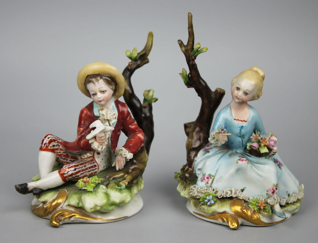Capodimonte Bruno Merli figurines Boy with Dove & Girl with Flowers - LUX-FAIR.com - 1