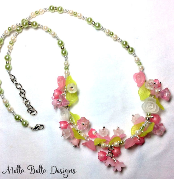 Pink & White Flower & Pearl Necklace
