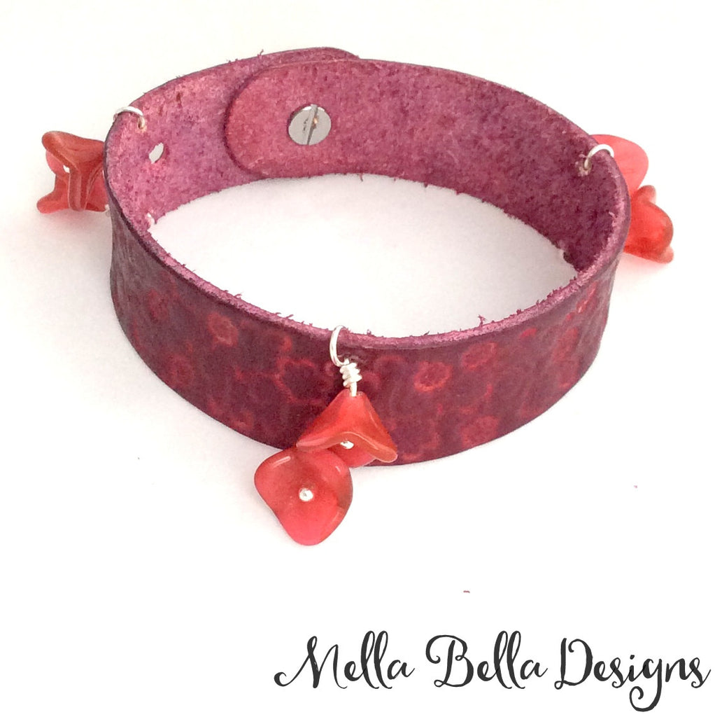 Leather & Floral Bead Bracelet