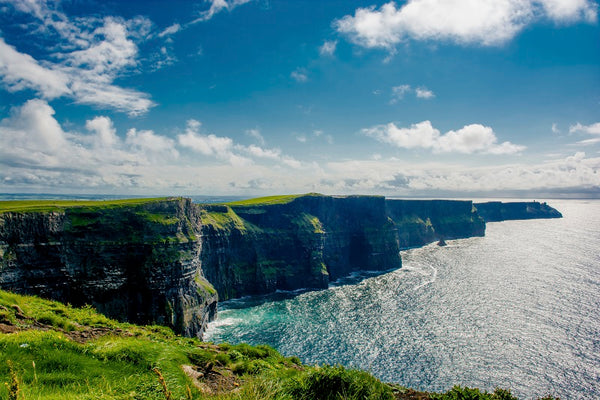cliffs-of-moher-ireland-summer-holiday