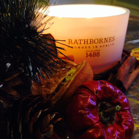 christmas-greenery-candle
