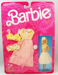 1986 BARBIE FANCY FRILLS LINGERIE (CLOTHES)