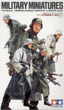 1:35 GERMAN ASSAULT INFANTRY W/WINTER GEAR
