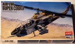 1:35 AH-1W SUPER COBRA