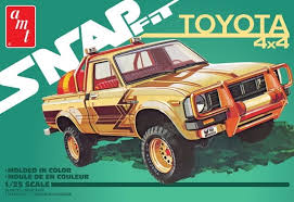 1:25 TOYOTA 4X4 (SNAP FIT)