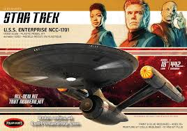 1:1000 STAR TREK: U.S.S. ENTERPRISE NCC-1701