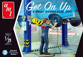 1:25 GET ON UP 2-POST HYDRAULIC LIFT GARAGE ACCESSORY SERIES