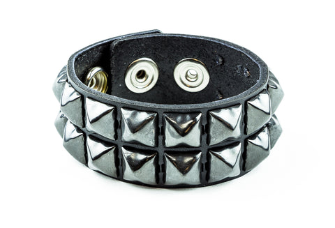 "2 ROW 1/2"" BLACK PYRAMID STUDS SNAP BRACELET"