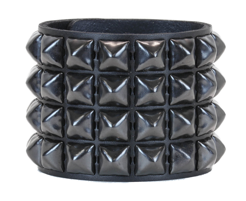 "ASSORTED 4 ROW 1/2"" PYRAMID STUDS SNAP BRACELET"