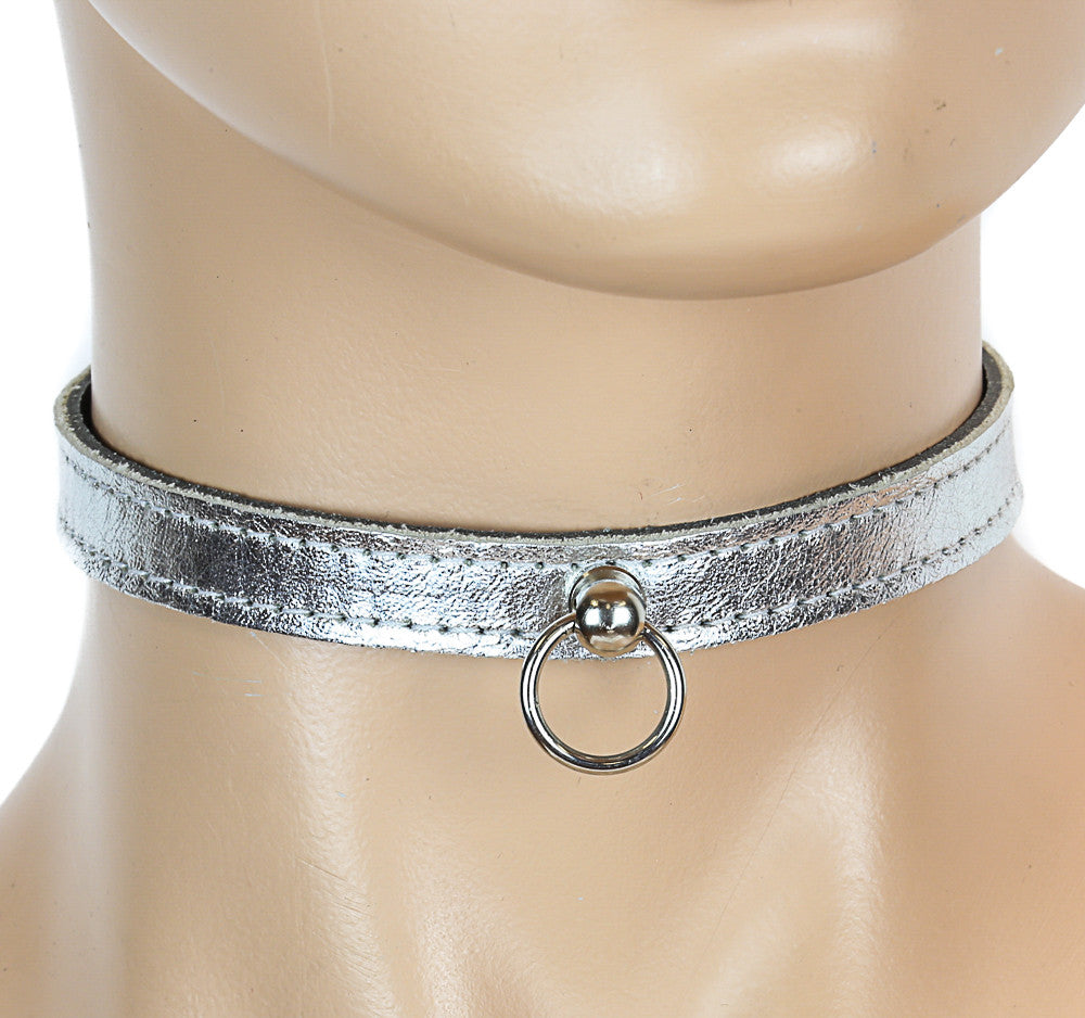Bondage Thin Silver Leather Choker With Small Silver O Ring