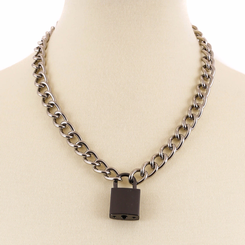 Chain Necklace With Black Lock