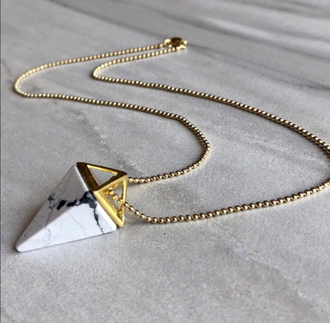 BOHO CRYSTAL PYRAMID NECKLACE